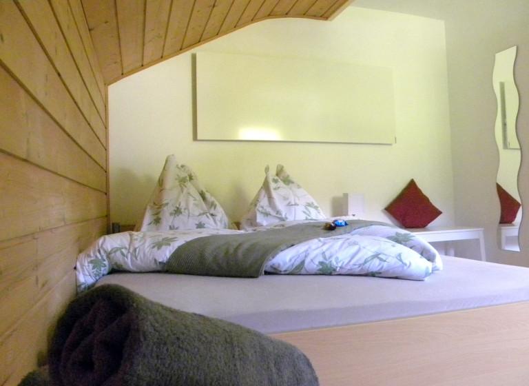 Ferienhaus-Iselsberga-Schlafzimmer